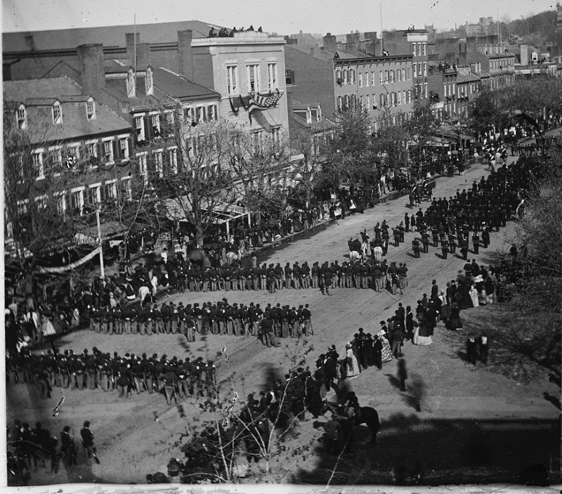 view-of-Lincoln-funeral-procession