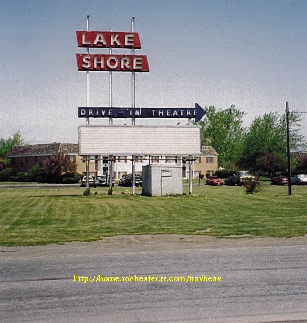 Lakeshore_sign