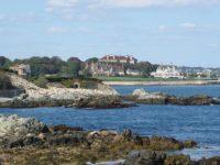 view-of-newport-cliffwalk